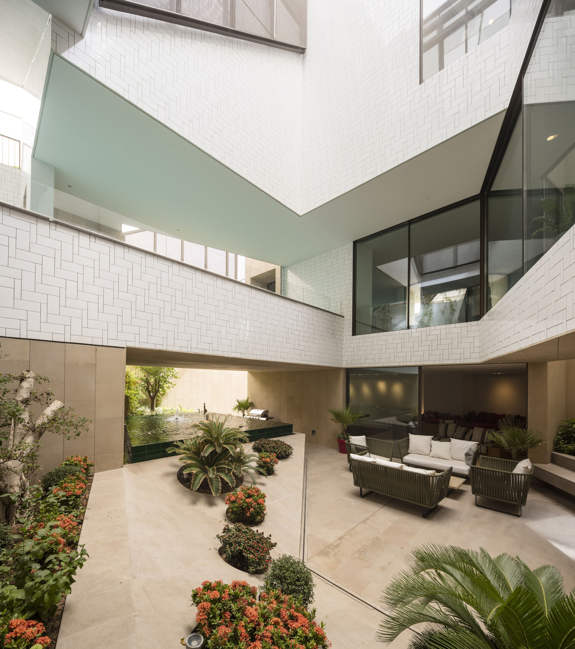 Three gardens house agi architects archdaily for Garden design kuwait