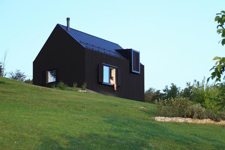 Nogal, casa y terraza / PRO-S, © Jure Živković