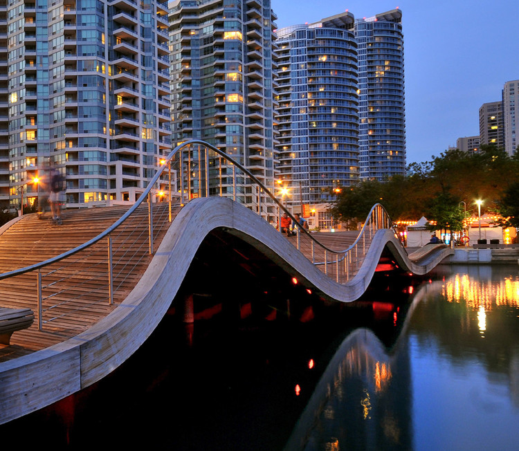 RAIC Honors Roger du Toit with Posthumous 2017 Gold Medal, WaveDecks, Toronto. Image Courtesy of Waterfront Toronto