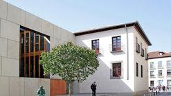 """Biblioteca Pública """"Iván de Vargas"""" / ESTUDIO ANDRADA ARQUITECTURA"""