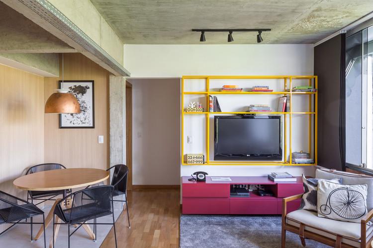 Apartamento AR  / Estúdio Mova, © Haruo Mikami