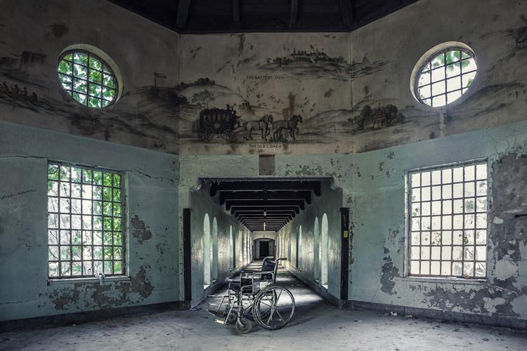 Essas imagens de manicômios abandonados mostram arquiteturas que foram projetadas para curar, Cortesia de Matt Van der Velde