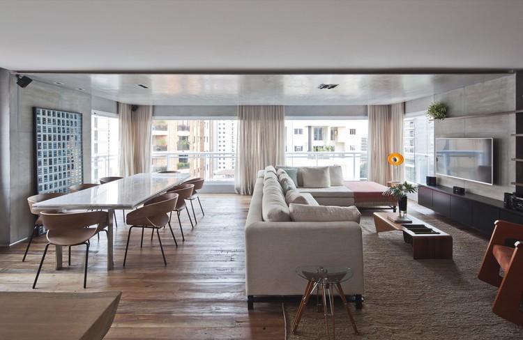 Apartamento JAff  / Meireles + Pavan Arquitetura, © Maíra Acayaba