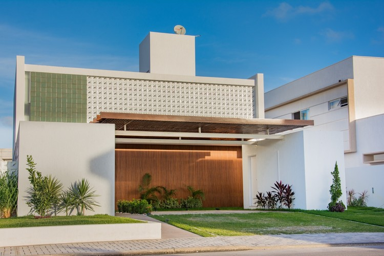 Casa em Intermares / Manoel Farias Arquitetura, © Manu Franca