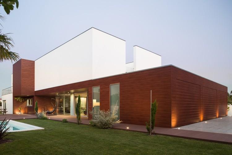 Casa Deck /  FRARI - achitecture network, © ITS – Ivo Tavares Studio