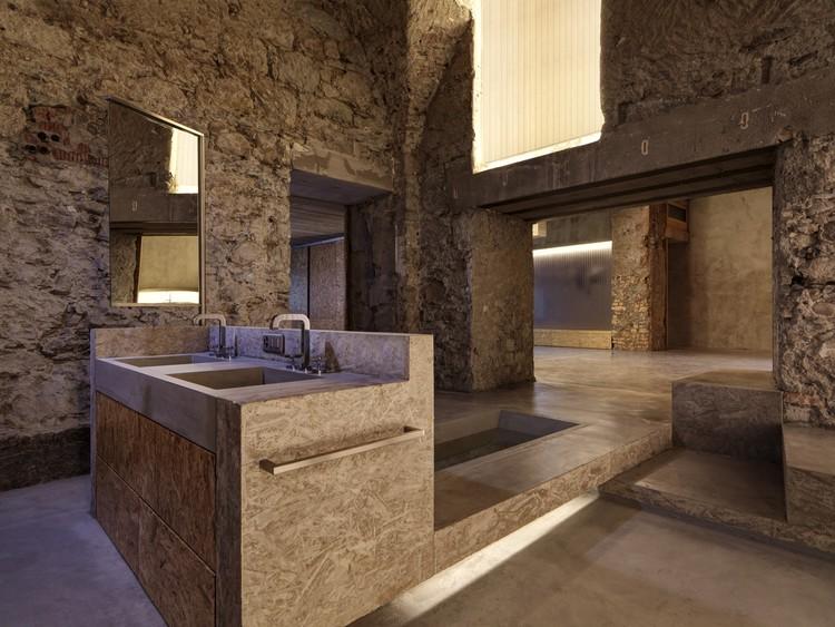 Casa Z22 y galpón F88  / Gus Wüstemann Architects, © Bruno Helbling