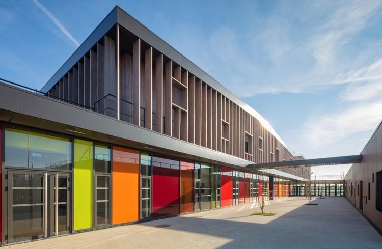 Complejo escolar en Serris  / Ameller, Dubois & Associés, © Guillaume Guerin