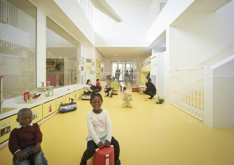 Guardería en Toulouse / V2S architectes + OECO Architectes, © Julien Lanoo