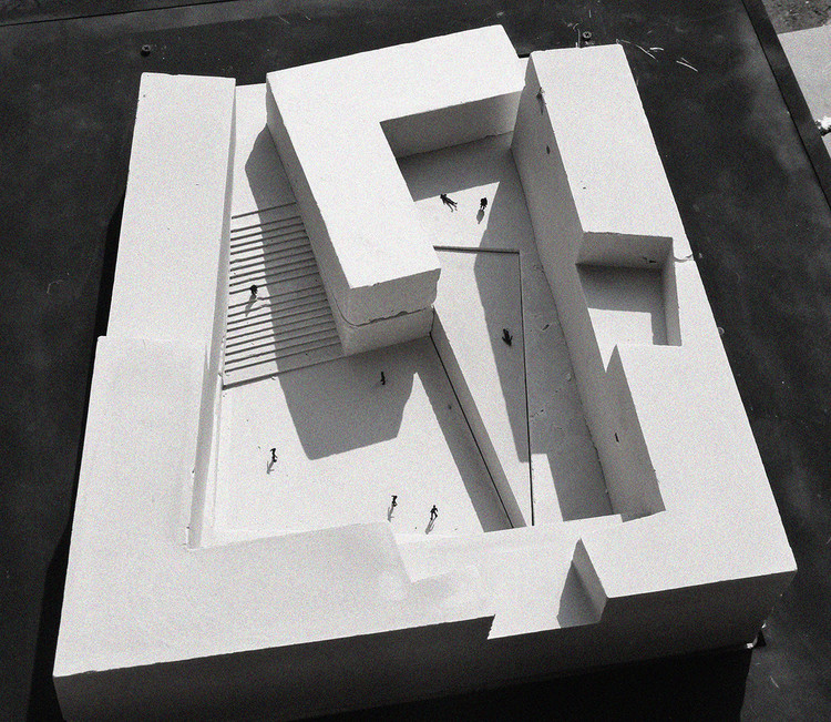 9 Ideas for Presenting Your Project With Concrete Models, Courtesy of David Rodriguez Arquitectos + Combeau & De Iruarrizaga Arquitectos