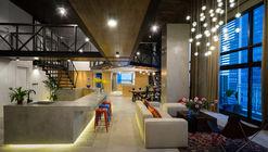 Party Apartment / Nghiêm Phong + Đào Thành