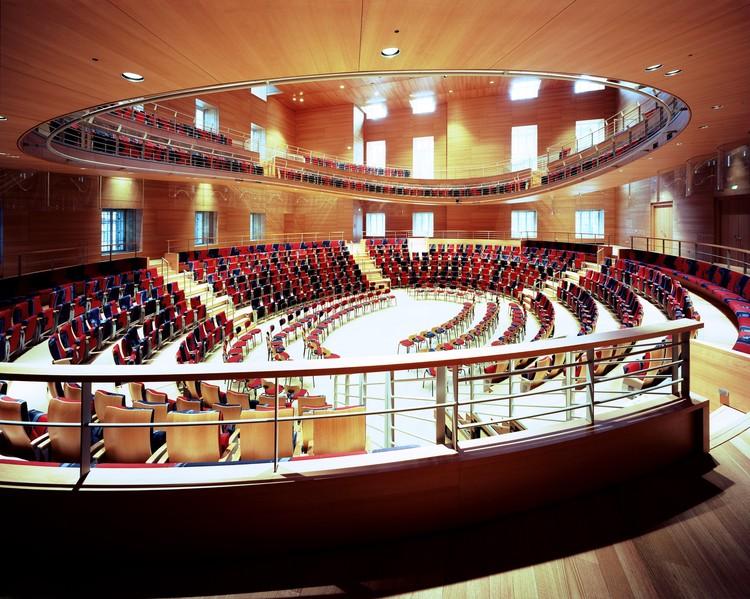 Frank Gehry reflexiona sobre el diseño de la sala de conciertos Pierre Boulez en Berlín, © Volker Kreidler. Cortesía de Pierre Boulez Saal