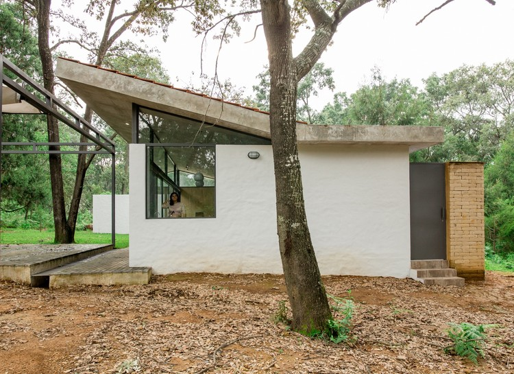 House in the Woods / COCCO Arquitectos, © Alejandro Souza