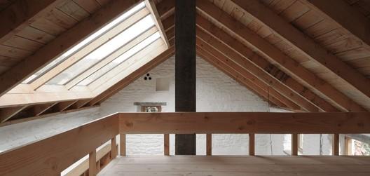 Estudio Harewood / Hugh Strange Architects