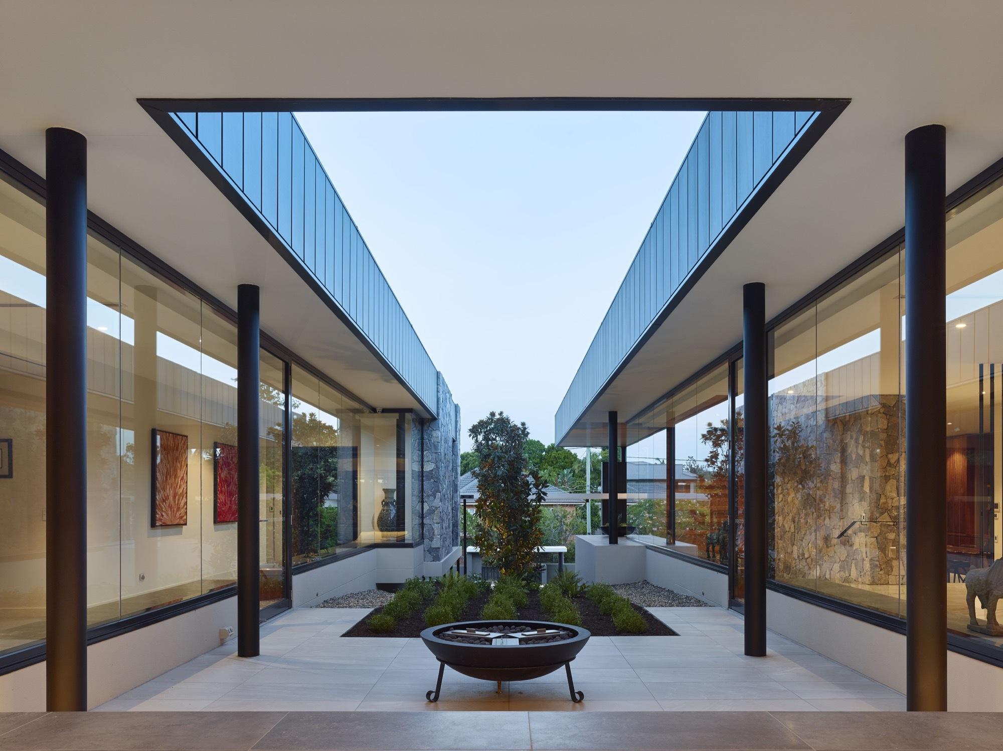 C2 House / Ellivo Architects
