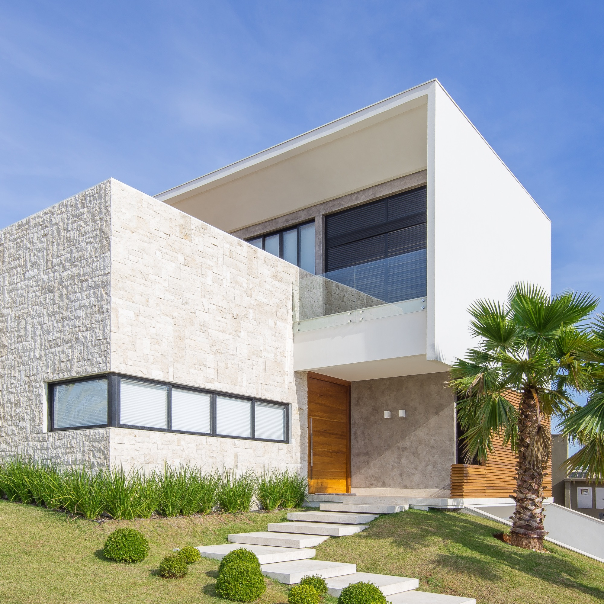 fornari_Casa R.A. / MOB Arquitetos | ArchDaily Brasil