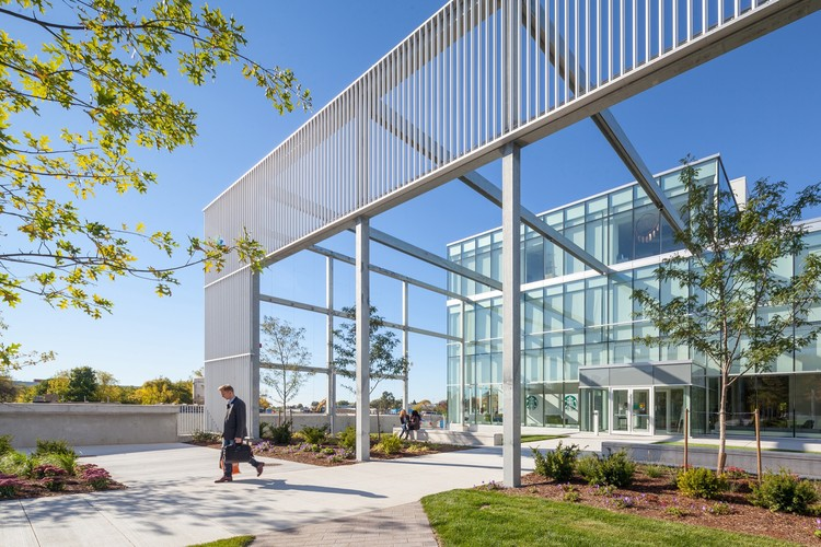 Humber College Student Welcome & Resource Centre / Moriyama & Teshima Architects, ©  Scott Norsworthy