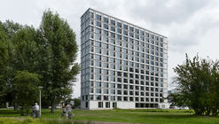 Student Housing Campus Eindhoven University of Technology  / Office Winhov + Office haratori + BDG Architecten