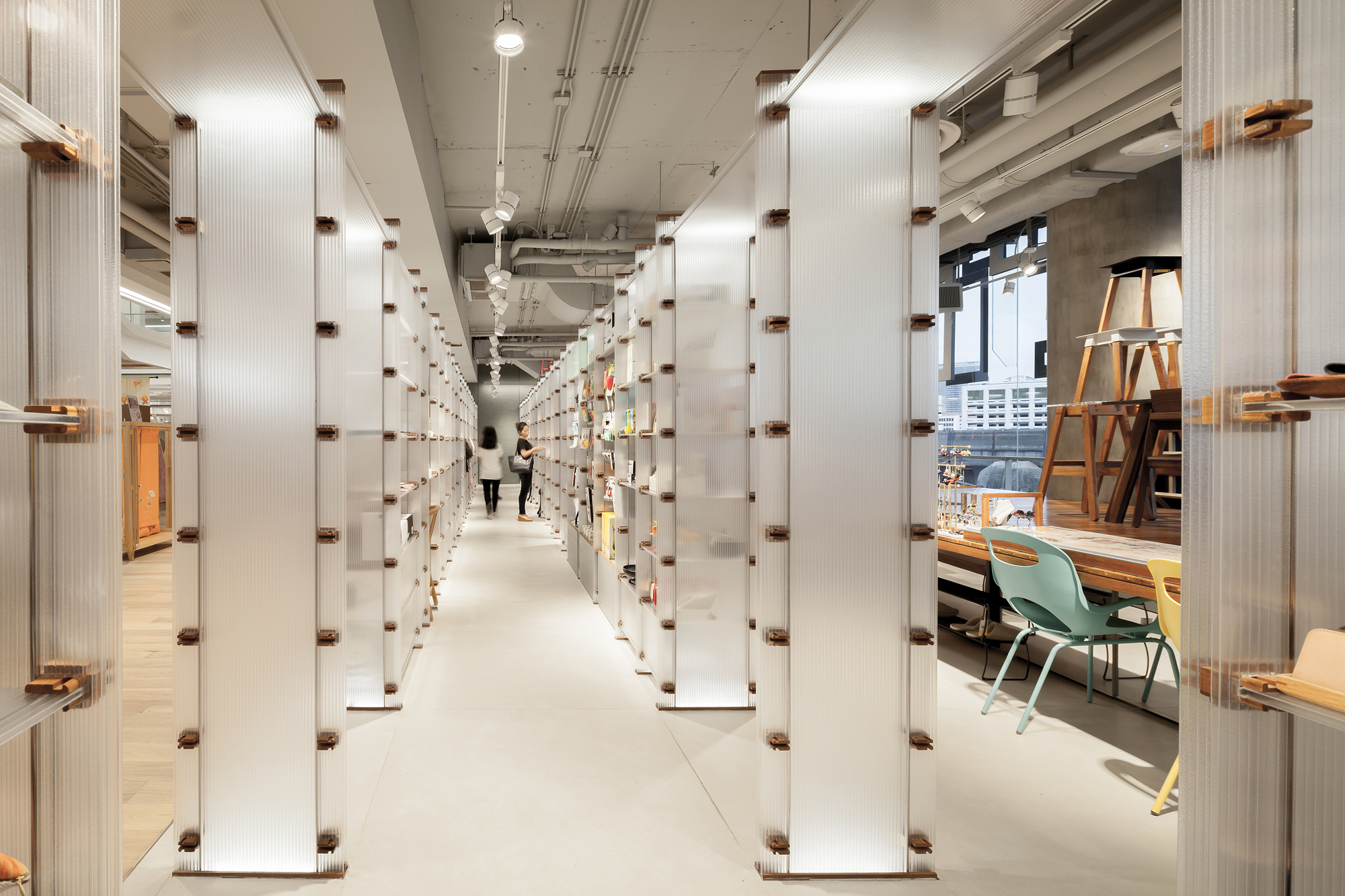 Room Concept Store Maincourse Architect Archdaily