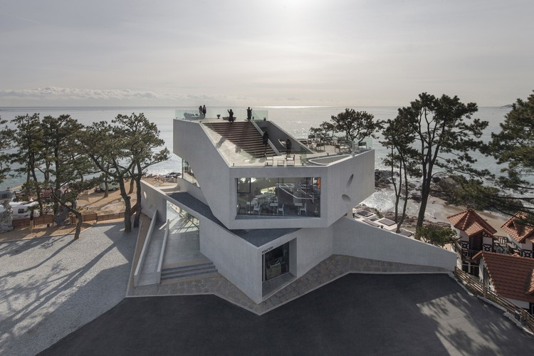 Waveon em Gijang / Heesoo Kwak and IDMM Architects, © Kim Jaeyoun