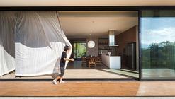 Akas Villa / Black Pencils Studio