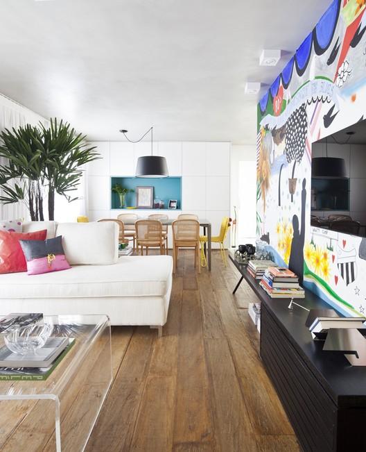 Apartamento Capela / Julliana Camargo Arquitetos, ©  Maira Acayaba