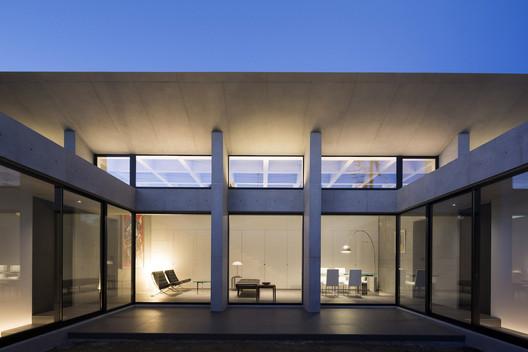 Grid / APOLLO Architects & Associates