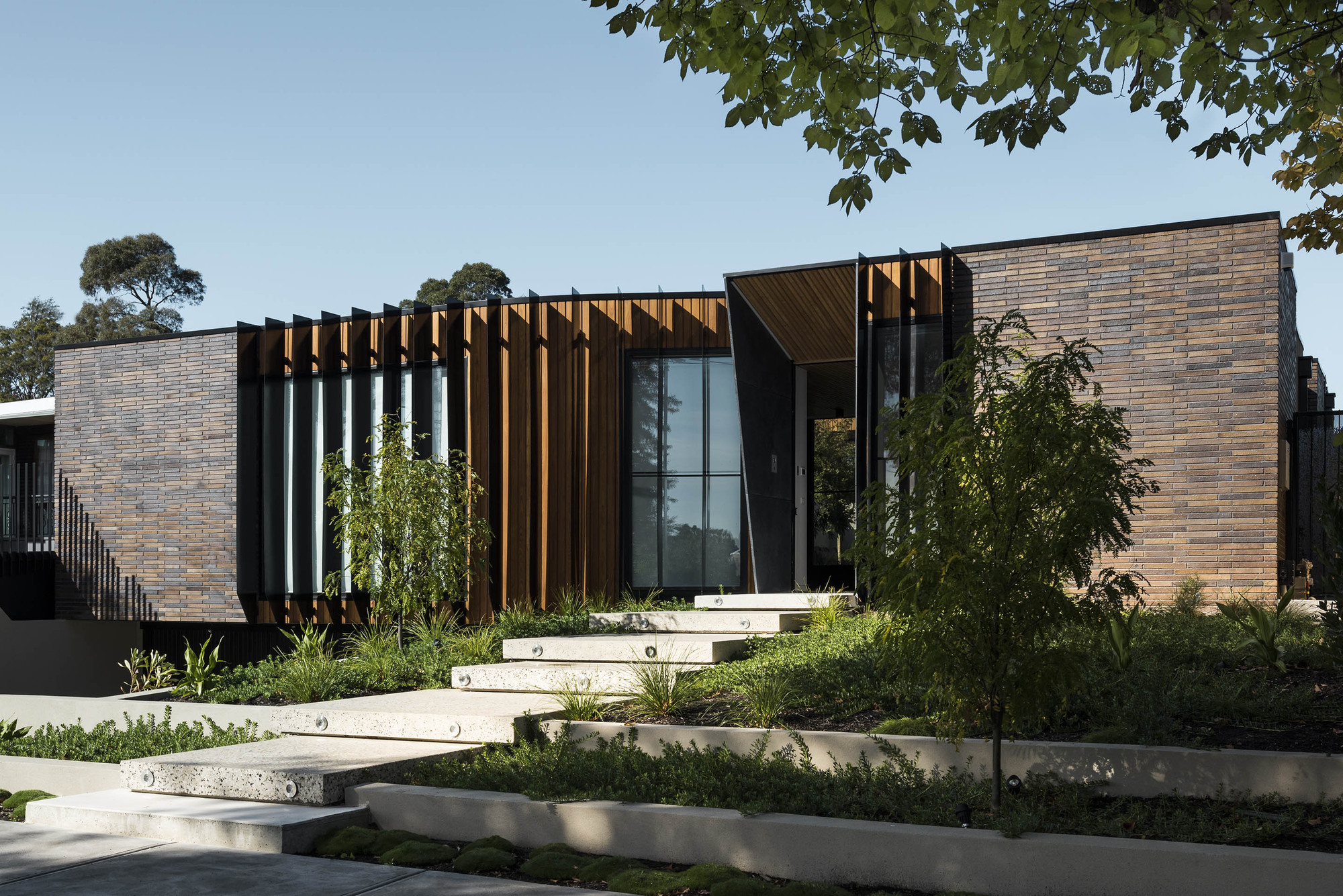 Gallery of courtyard house figr architecture design 9 for Courtyard architecture design