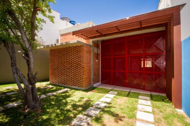 Casa Itapuã / ESTUDIOFAROL, © Exídio Correia