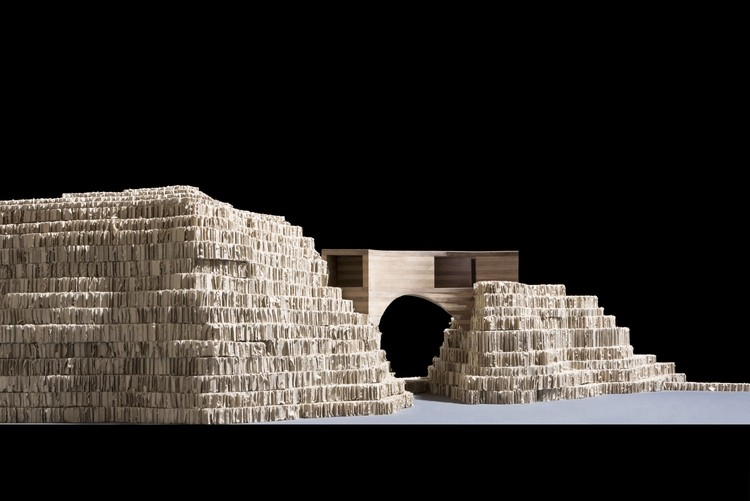 Model of the proposed new building, viewed from the mermaid pool. Image © Carmody Groarke
