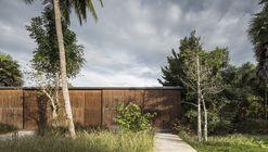 Flat Scape House / EKAR