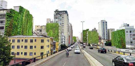 Jardim vertical substituirá grafite apagado na Avenida 23 de Maio em São Paulo, Vista de cima do Minhocão, com jardins verticais nas empenas dos edifícios. A região em torno do elevado João Goulart foi uma das primeiras de São Paulo a receber esse tipo de intervenção. Image via Movimento 90°