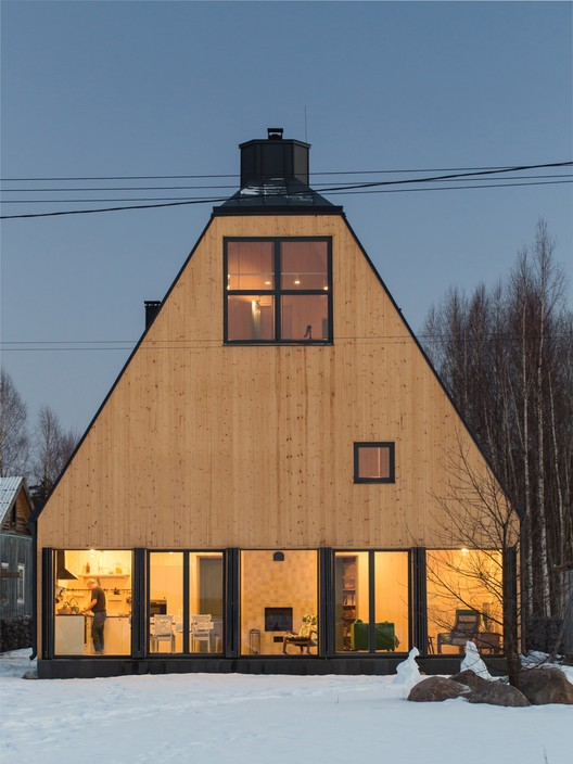House in Pribylovo / AB CHVOYA