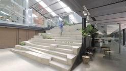 Estúdio numa estufa / O-OFFICE Architects