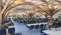 CFB Borden All Ranks Kitchen and Dining Facilities  / FABRIQ Architecture + Zas Architects