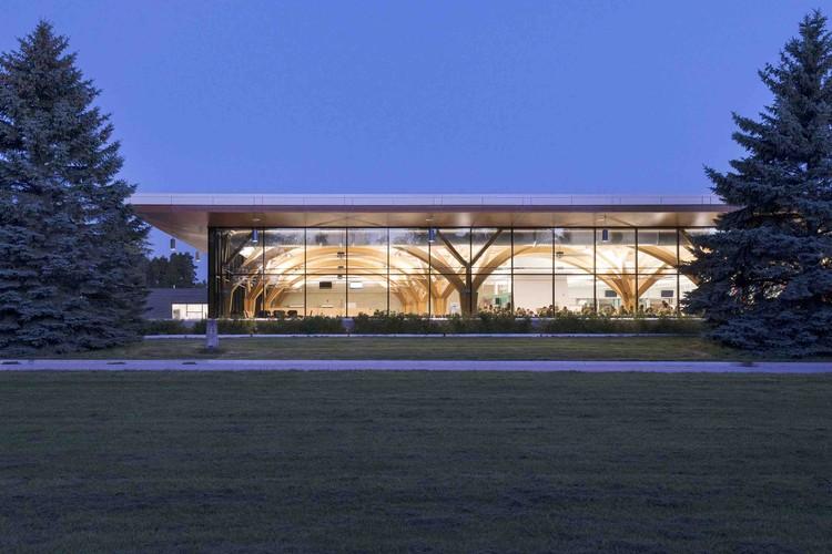 cfb borden all ranks kitchen and dining facilities    fabriq architecture   zas architects