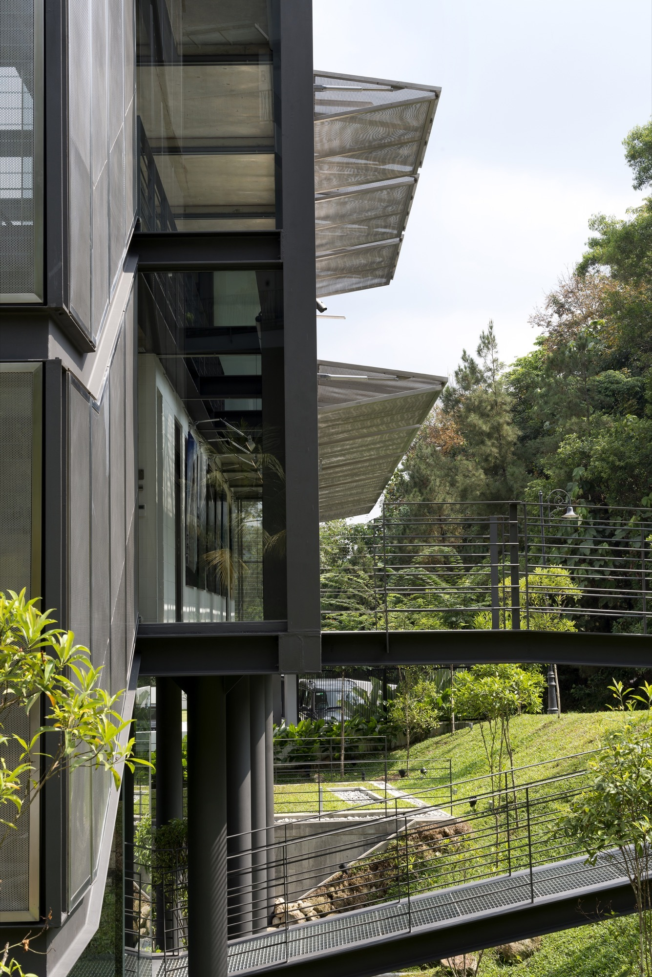 Seven Home Design Sdn Bhd Gallery Of Cantilever House Design Unit Sdn Bhd 11
