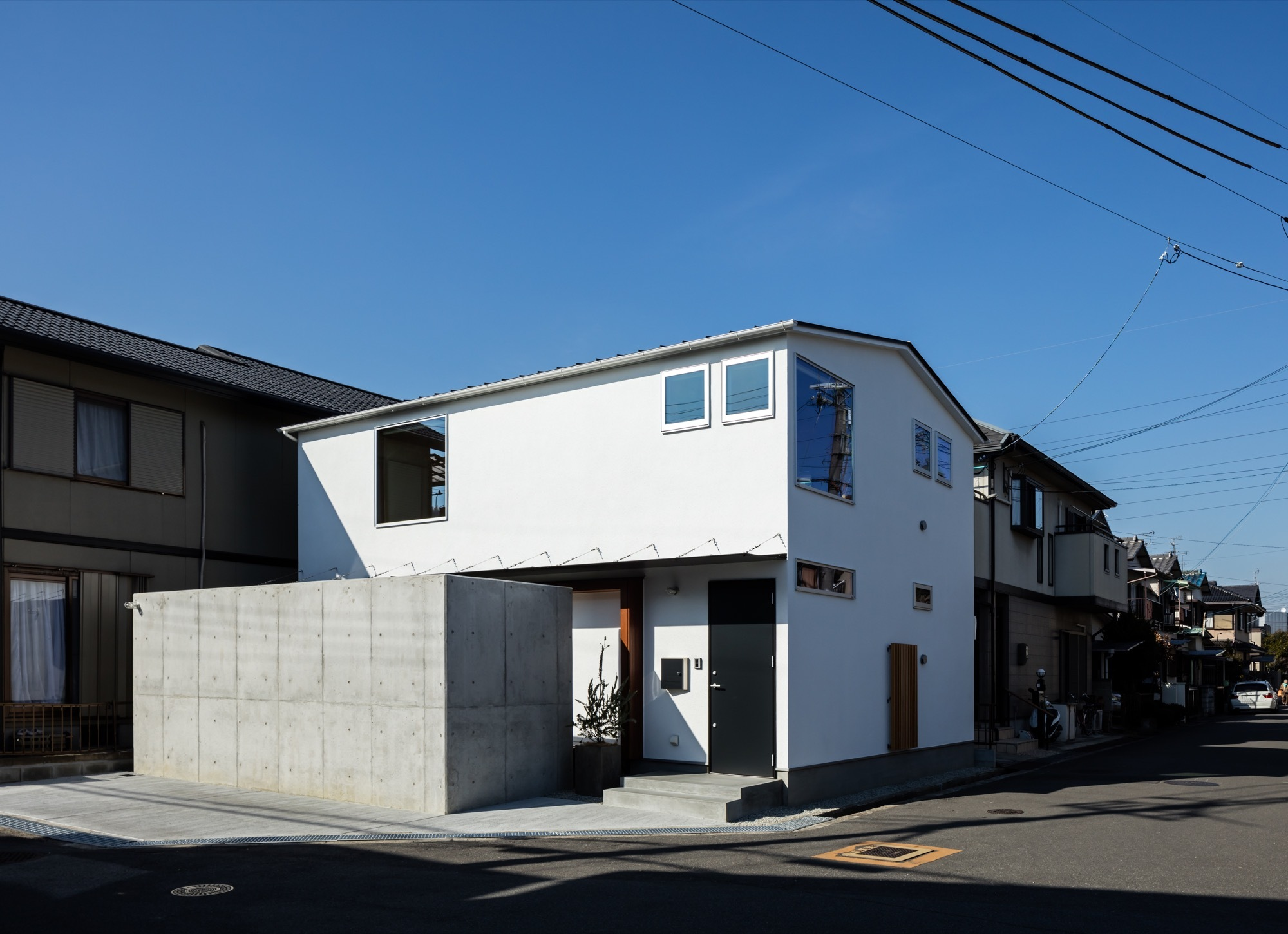 Gallery of s house coil kazuteru matumura architects 21 for What is a shouse house