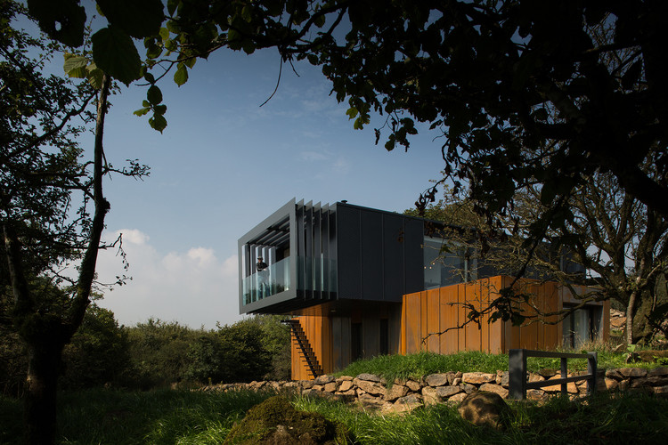"""Grand Designs"" no Netflix, Casa d'Água em Grillagh / Patrick Bradley Architects. Image © Aidan Monaghan Photography"