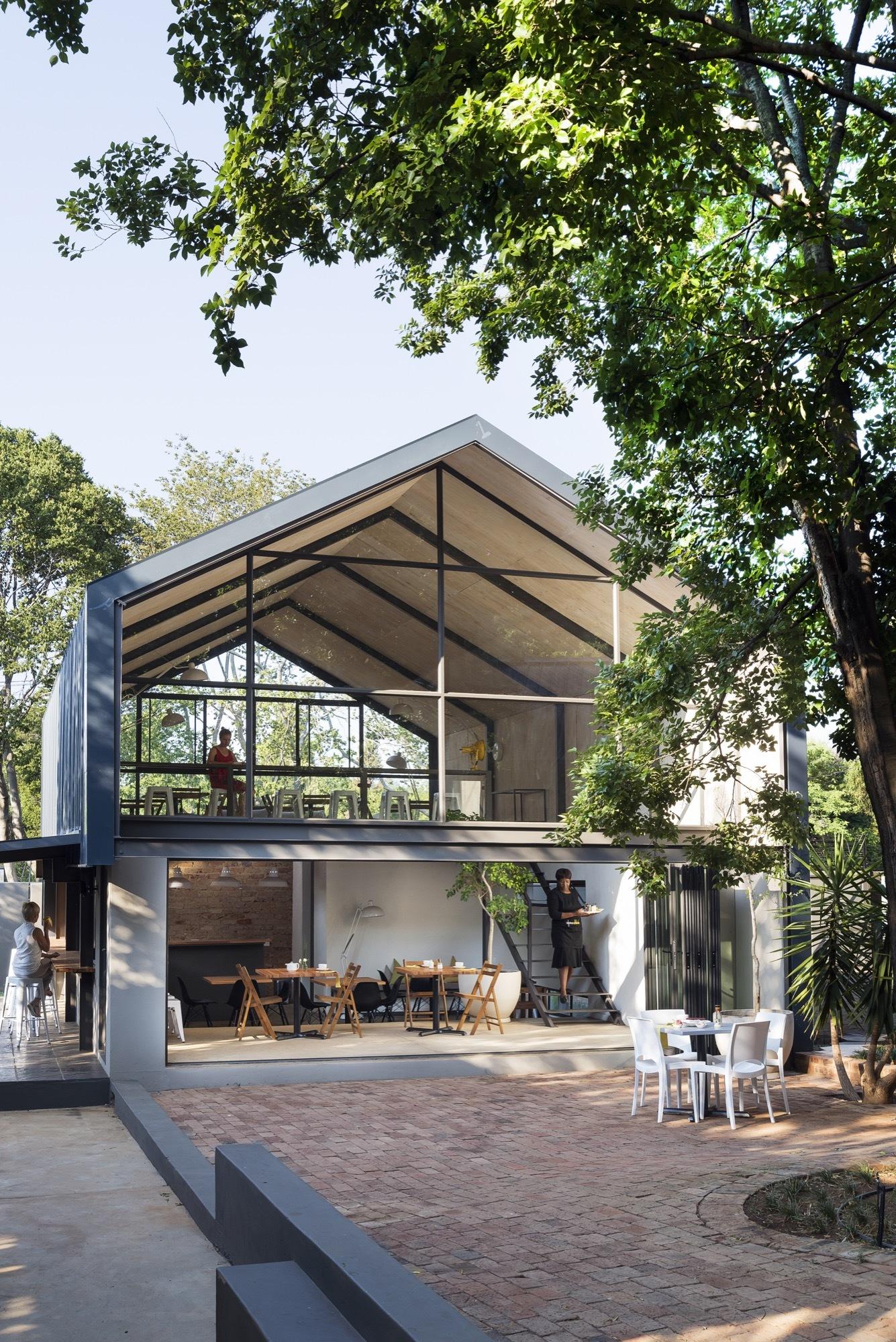 Create Café / Nadine Engelbrecht Architect