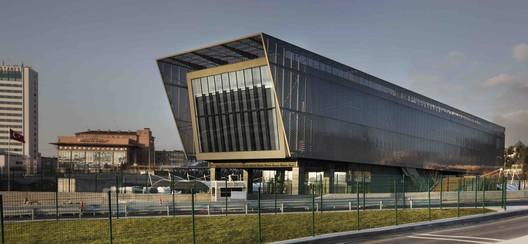 Edificio de Operaciones y Mantenimiento para el Túnel de Eurasia  / GMW MIMARLIK