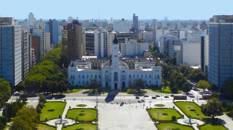 Guía de arquitectura en La Plata: 10 sitios que todo arquitecto debe visitar, vía © Wikipedia User: Hmlaplata Licensed Under CC BY-SA 3.0