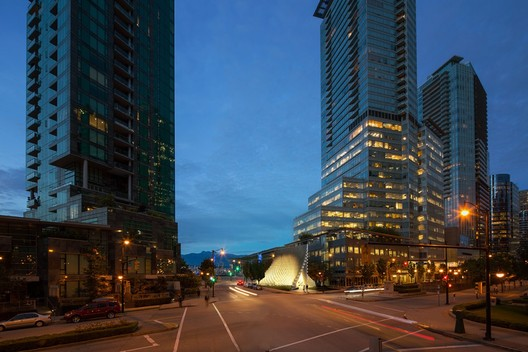 The pavilion's new location adjacent to Shaw Tower in Vancouver. Image Courtesy of Westbank