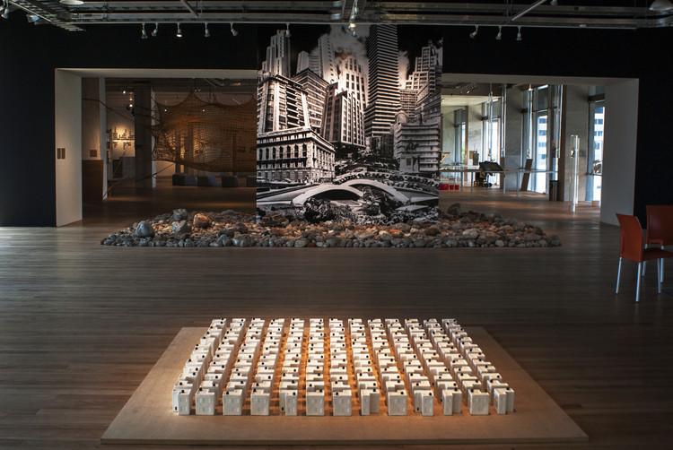 Reseña exposición La ciudad está allá afuera. Demolición, ocupación y utopía. , Cortesía de Centro Cultural Universitario Tlatelolco