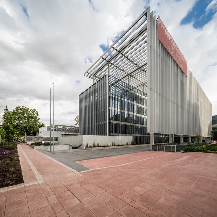 Edifício MGV / +arquitectos, Gubbins Arquitectos, ©  Aryeh Kornfeld