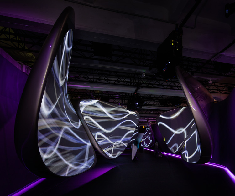 Zaha Hadid Architects Creates Immersive Digital Installation for Samsung at Milan Design Week, © Luke Hayes. Courtesy of Zaha Hadid Architects