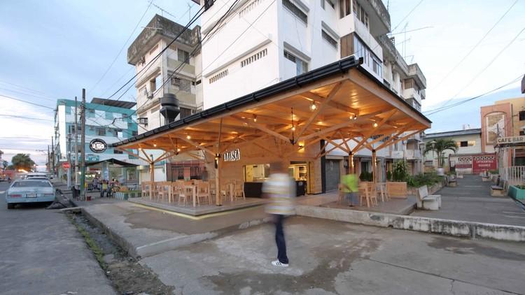 Urban Restaurant - La Pesca / Natura Futura Arquitectura, © KLIWADENKONOVAS Fotografía