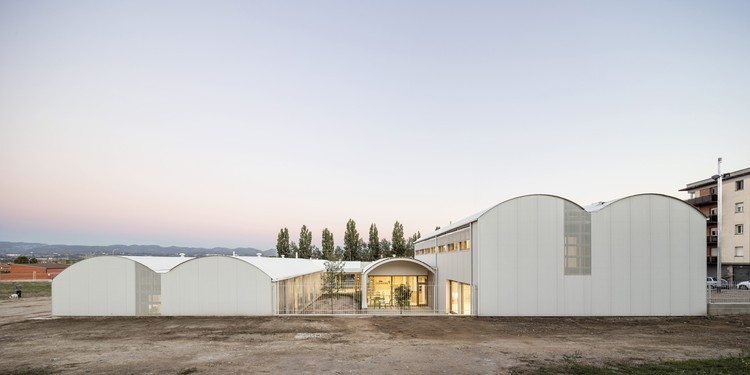 Psychopedagogical Medical Center  / Comas-Pont arquitectos, © Adrià Goula