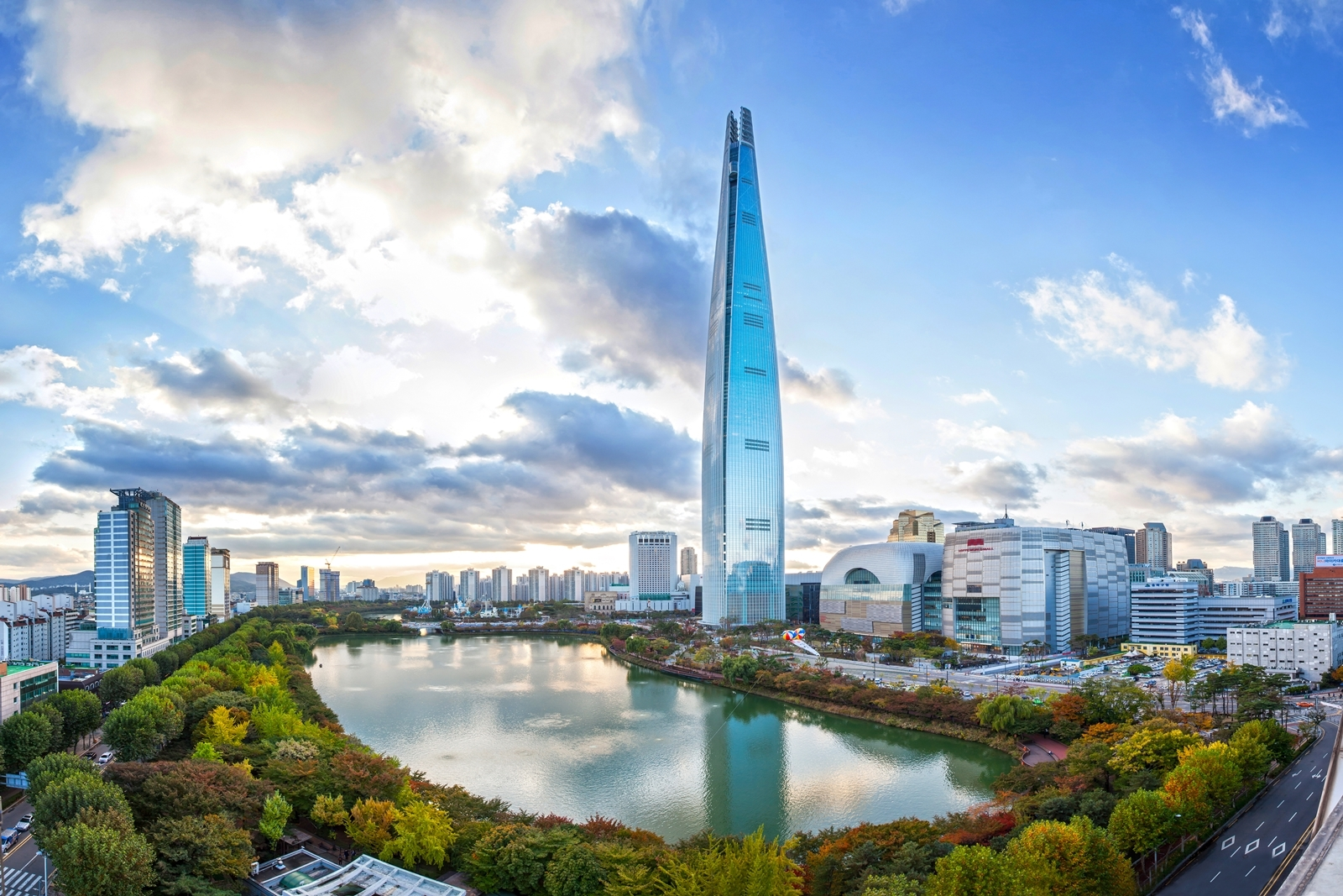 Overall3_LotteWorldTower_(c)Lotte_Group