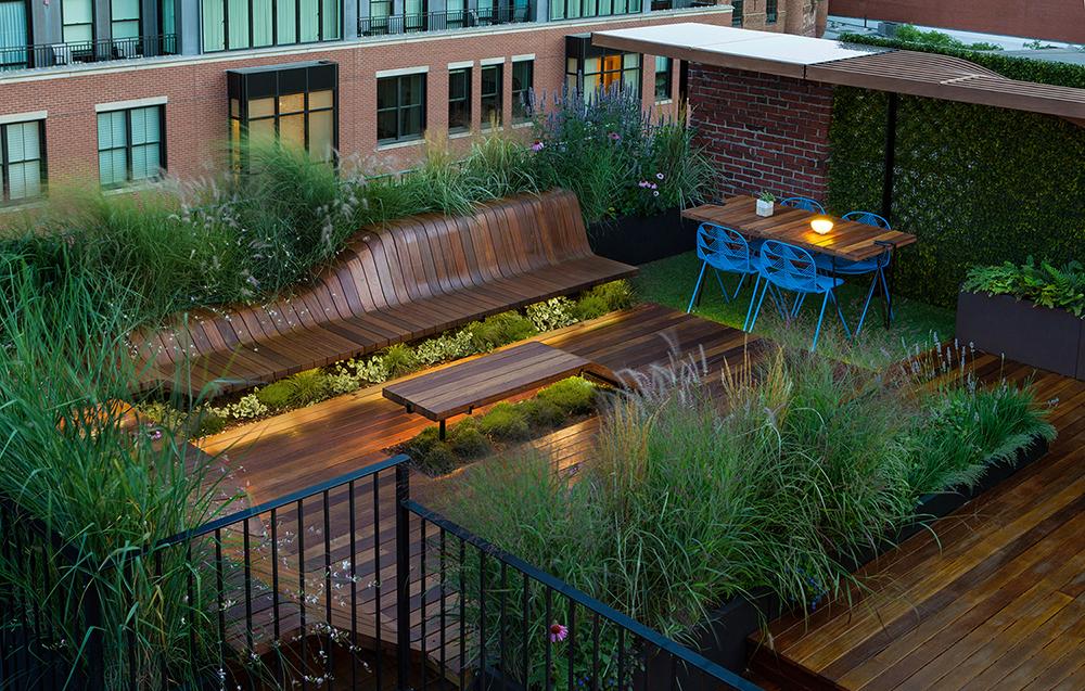 Galer a de deck de piezas de madera genera una azotea for Design hotel deck 8