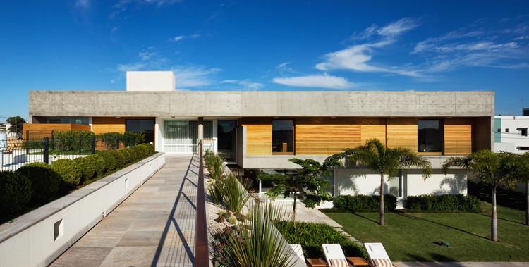 FG Residence / Reinach Mendonça Arquitetos Associados, © Nelson Kon